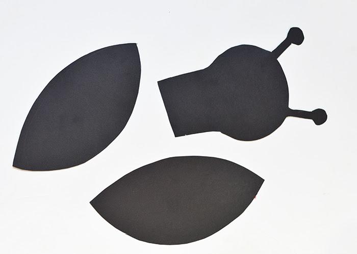 Eric Carle Inspired Firefly Suncatcher Craft