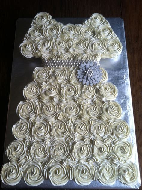 Bridal Shower Cupcake Pull apart Cake   Cakes, Cookies