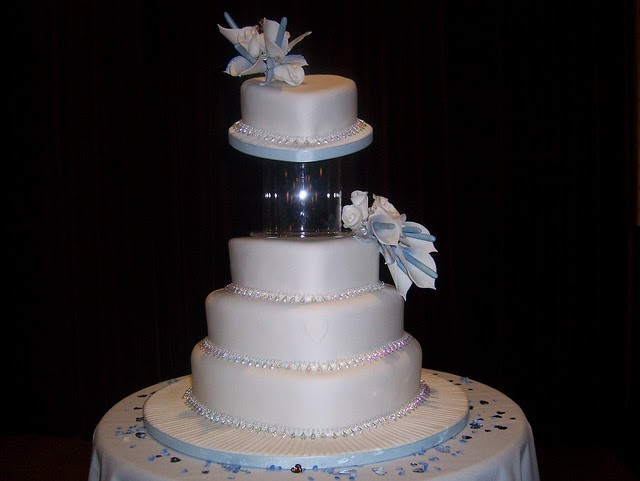 Blue White Arum Lily Wedding Cake Calla
