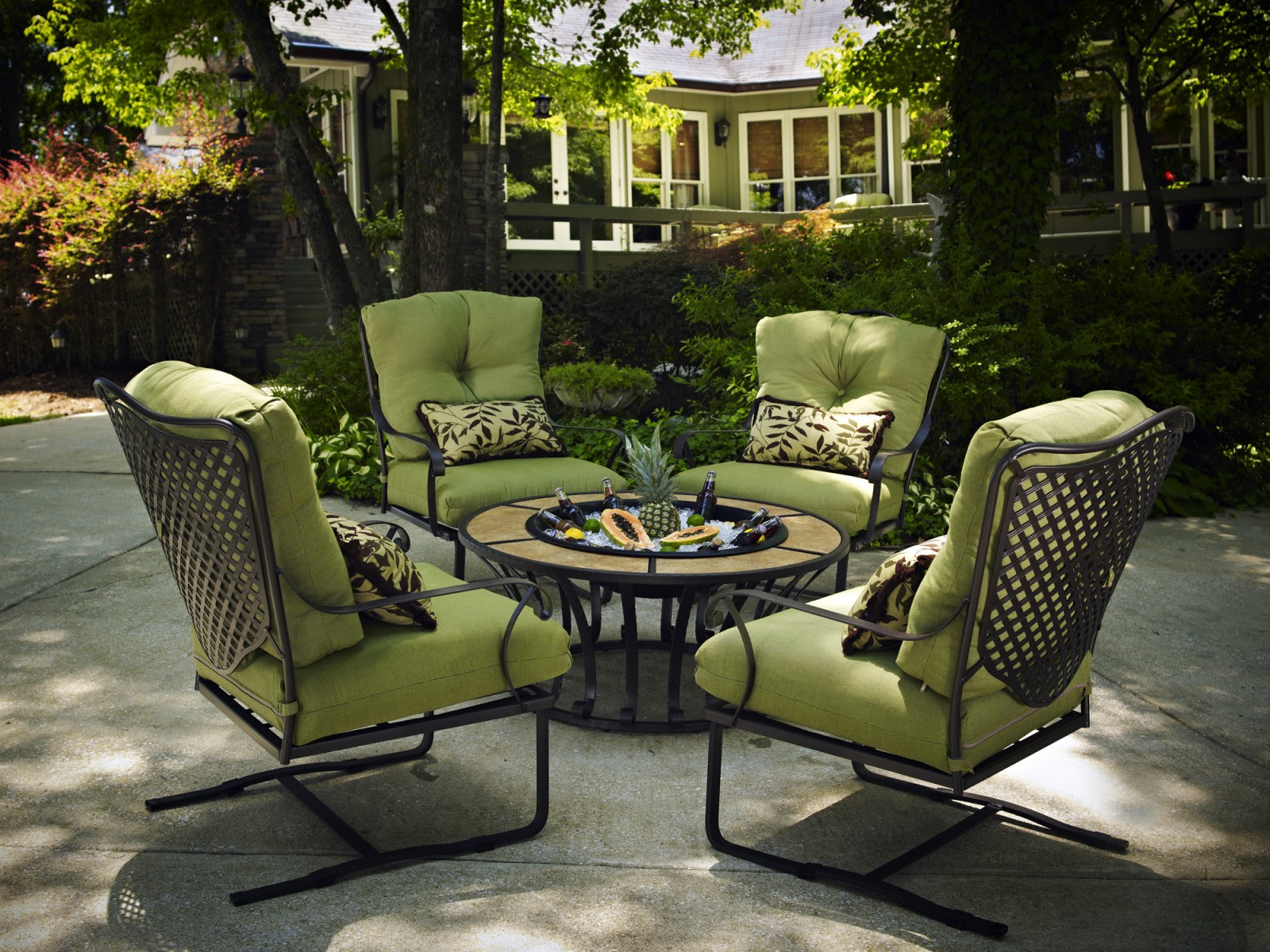 How to Protect Patio Furniture | How to Store Outdoor ...
