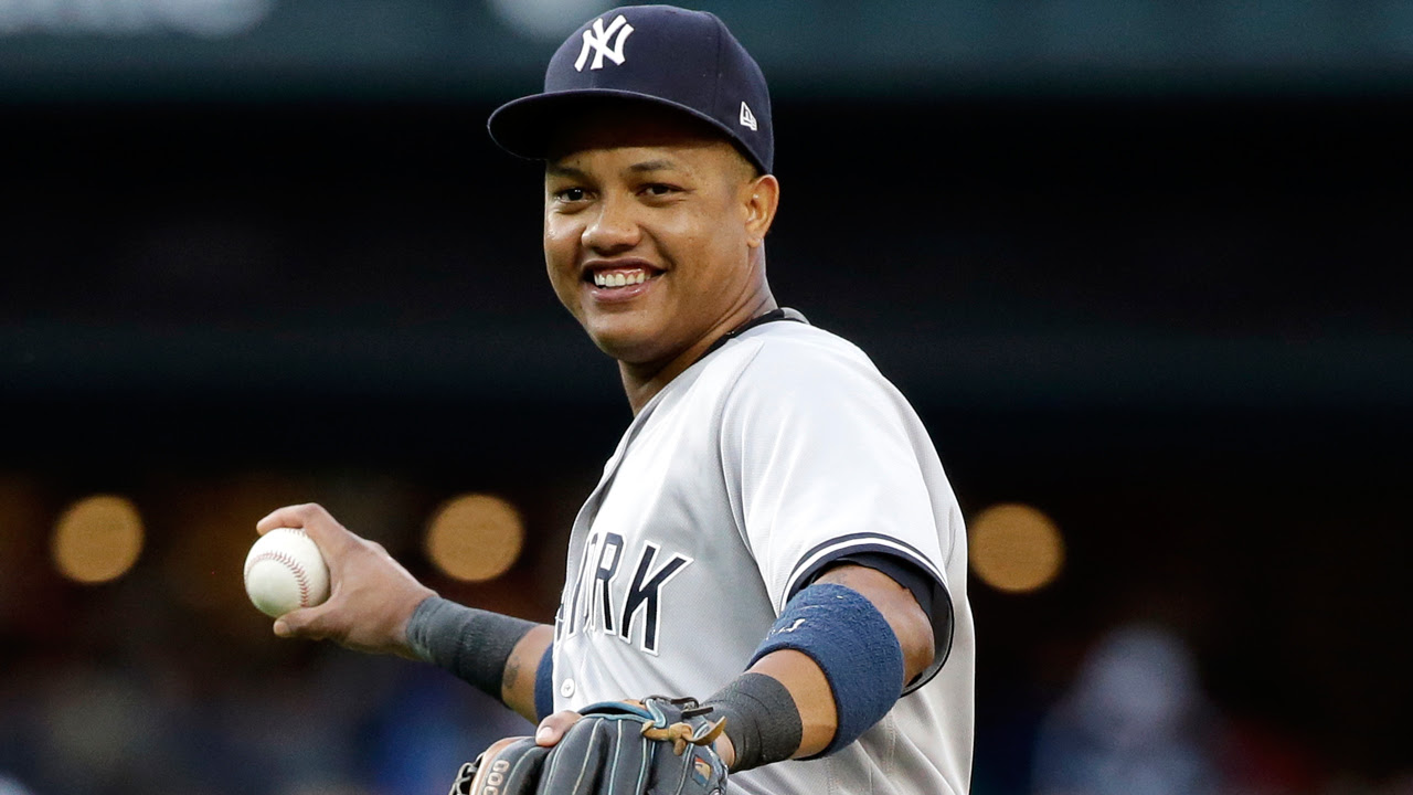 Yankees activan al intermedista dominicano Starlin Castro