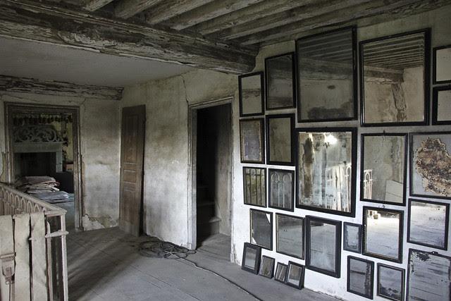 Le Château, Peter Gabriëlse's home - 382