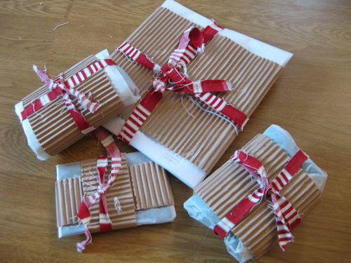 presents :: gaver