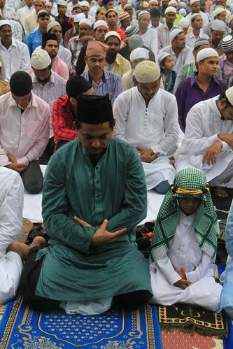 Eid Ul Fitr Namaz Bandra Station 2013 by firoze shakir photographerno1