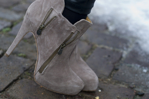 I actually have these in black <3