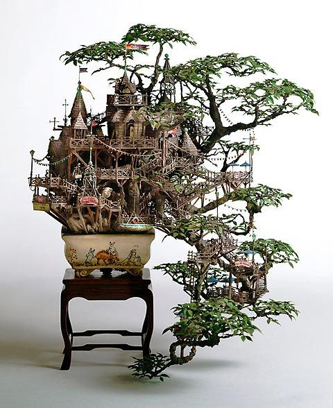 Takanori Aiba's idea of a tree house for the Borrowers. The ultimate Bonsai.
