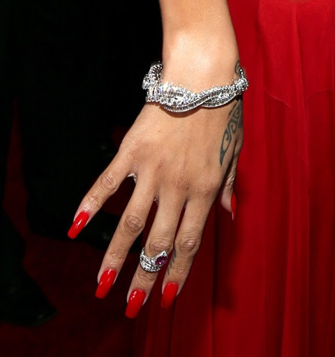 Rihanna, Grammys, Neil Lane, Red Nails