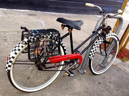 What a fun and cute little bike!