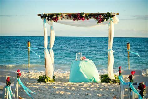 Bahamas Destination Weddings   Pelican Bay Venues