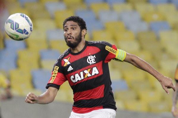 Flamengo tem a volta de três jogadores aos treinos