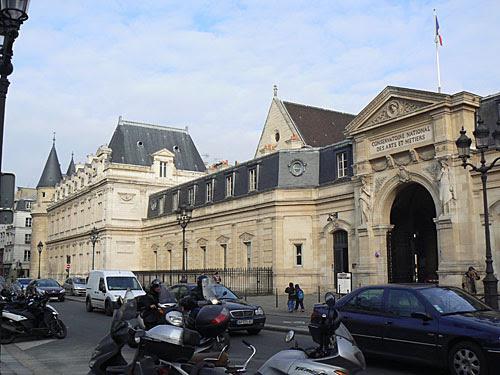 conservatoire des Arts et Métiers.jpg