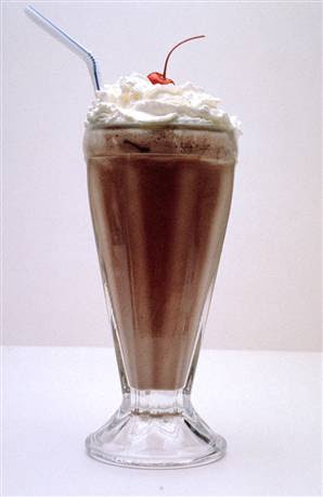 7-Top 10 comidas mais Calóricas do mundo- Queen Large Chocolate Malt