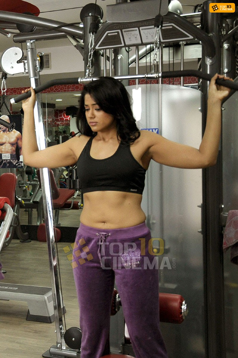 Sameera Reddy Picture - 05