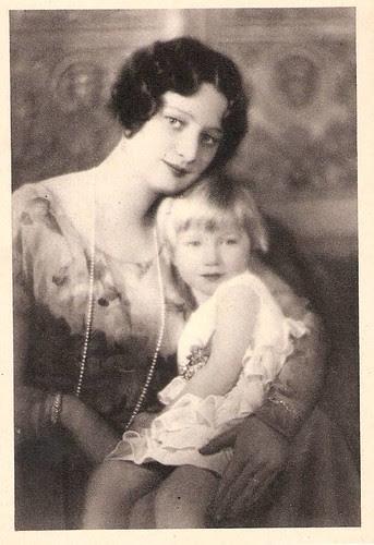 Königin Astrid von Belgien mit Tochter Josephine-Charlotte ,Queen of Belgium, nee Princess of Sweden