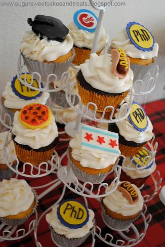 Chicago Themed Northwestern Grad Cupcakes