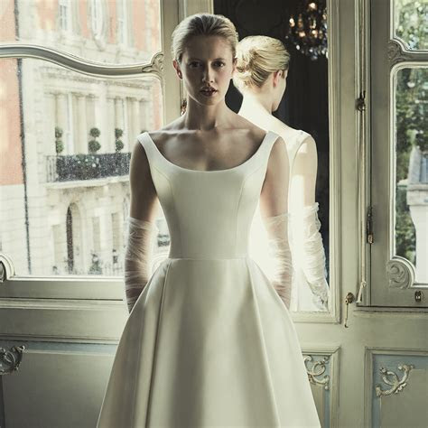 THE DUCHESS SATIN WEDDING DRESS   Phillipa Lepley