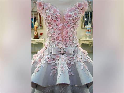 Life size wedding dress cake dazzles at cake show   ABC News