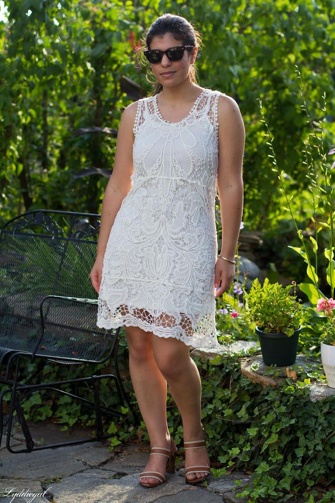 white lace-2.jpg