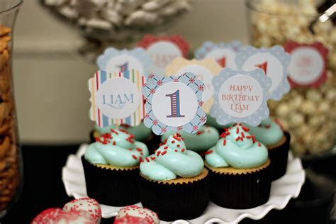 Liam?s Cupcake Inspired 1st Birthday Sweets Table   The