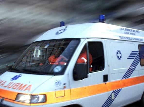 Un'ambulanza (foto di repertorio)