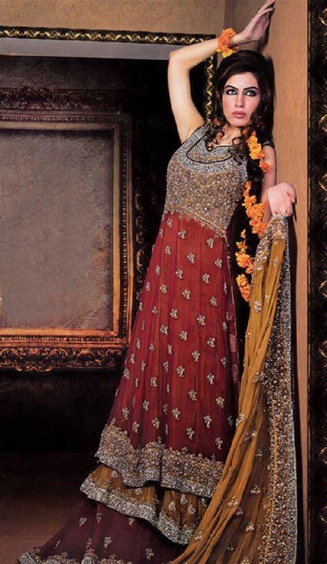 Best 25  robe Pakistani Mehndi ideas on Pinterest   Mehndi