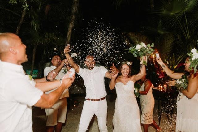 Tanzen die ganze Nacht war ein Teil der Hochzeit