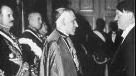 Jerarquía católica apoyando a Hitler