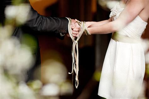 Handfasting At Your Wedding :: A Celtic Wedding Tradition