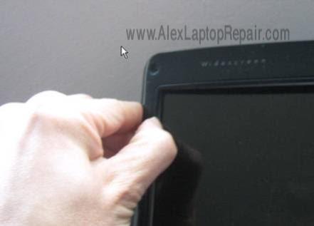 image214 لتكمل الصورة   شرح فك وتركيب أكثر الاجهزة إنتشاراً HP DV6000