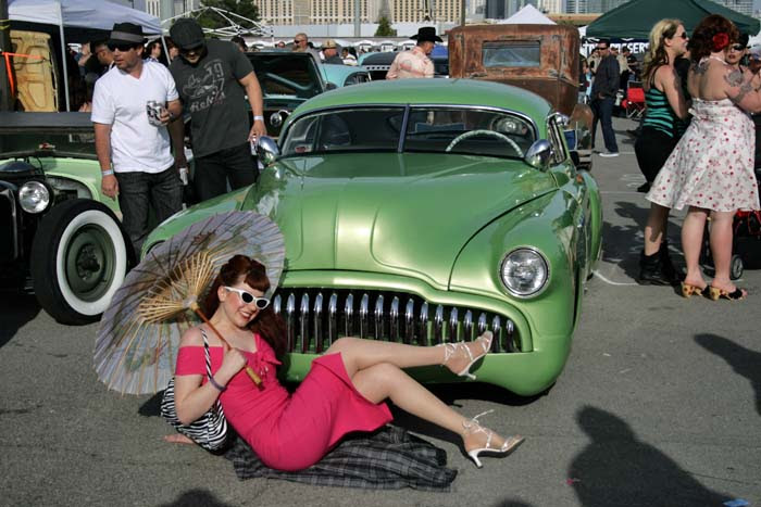 Carshow pinup 248