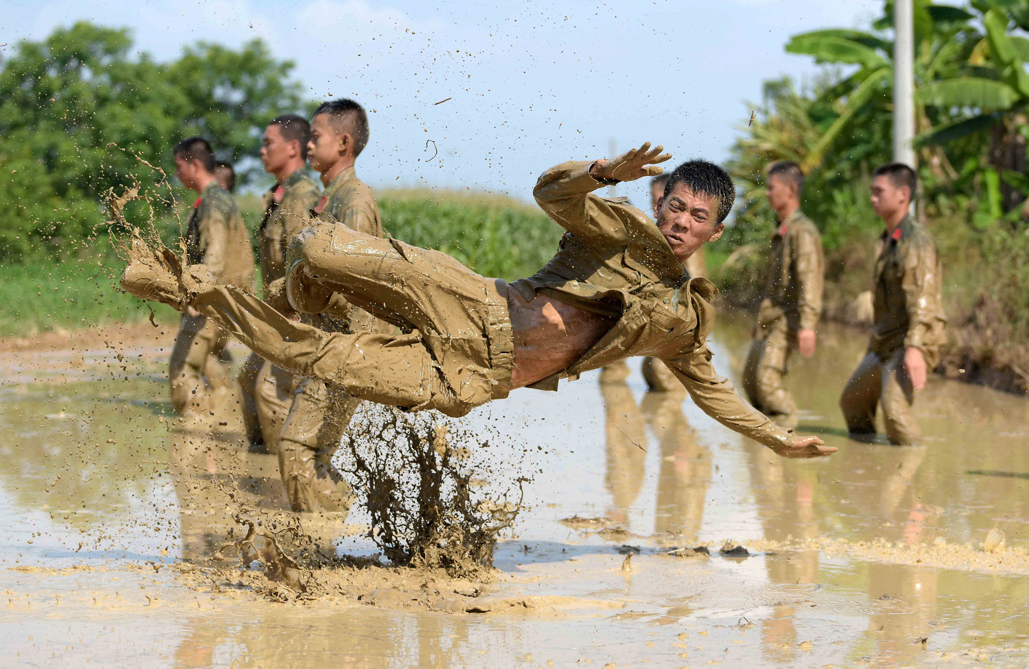 Paramilitary policemen take part in a training session in Nanning, Guangxi Zhuang Autonomous Region, China, June 12, 2016. China Daily/via REUTERS ATTENTION EDITORS - THIS IMAGE WAS PROVIDED BY A THIRD PARTY. EDITORIAL USE ONLY. CHINA OUT.