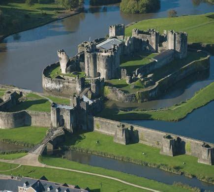 5589 best ~ Fascinating Castles ~ images on Pinterest