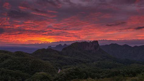 hd hintergrundbilder waelder berge sonnenuntergang