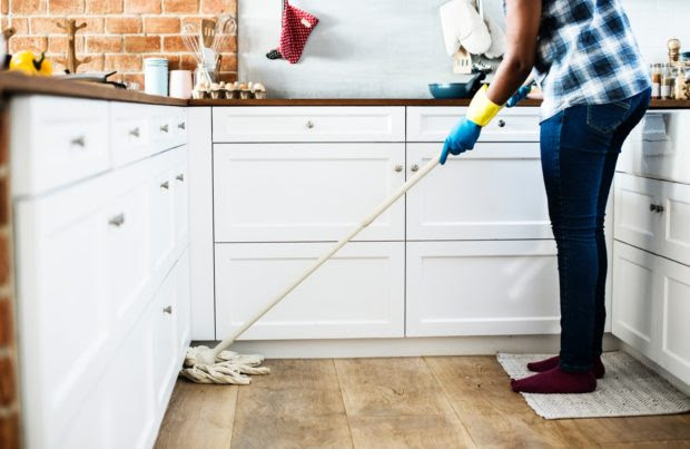 Ways to Keep the House Clean While Working Full Time