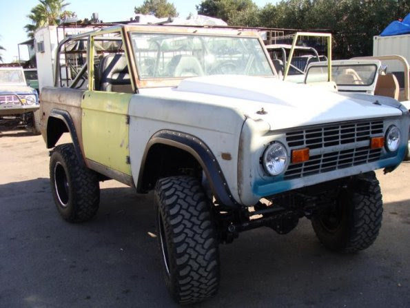 Gallery | Vincent Early Ford Bronco | Vincents Bronco