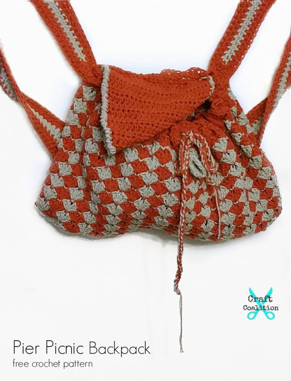 Pier Picnic Backpack, free crochet pattern on CraftCoalition.com og