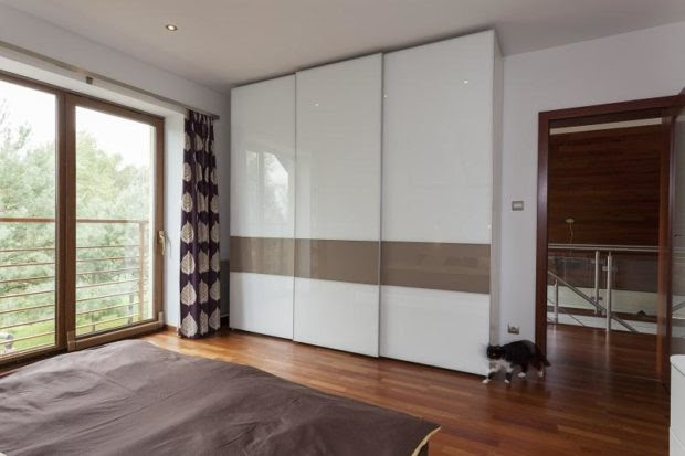 Key Advantages of Installing Custom Wardrobes in Your Bedroom