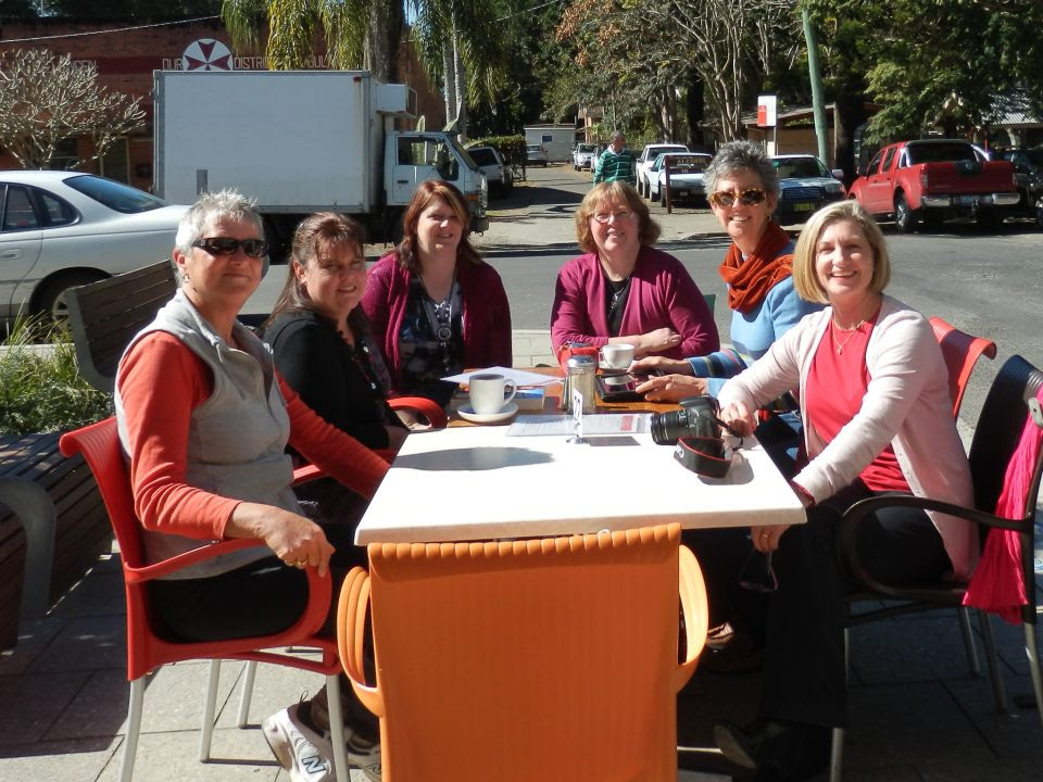 Karly Lane, Diane Curran, Bronwyn Parry, Jenn J McLeod, Helene Young in Bellingen