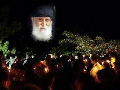 Πώς να ζούμε πνευματικά τις γιορτές (π. Παϊσίου) .Αέναη επΑνάσταση.