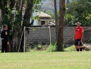 Adriano flamengo futvôlei treino (Foto: Janir Junior / Globoesporte.com)