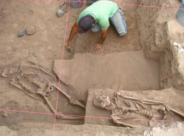 Ao todo, foram encontrados 25 esqueletos. (Foto: INAH/Divulgação)