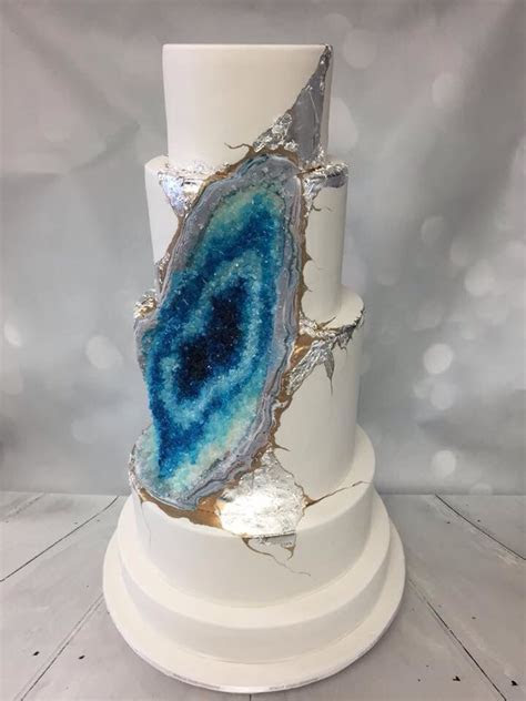 17 Best images about Our Blue Geode Cake, full of silver