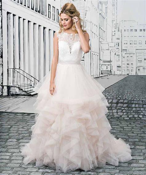 Best 25  Dresses for big bust ideas on Pinterest   Plus