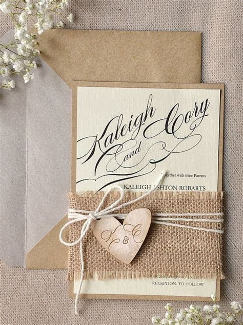 22 Cute Burlap Wedding Invitation Ideas   Weddingomania