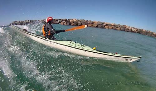 Adventuretess surfing