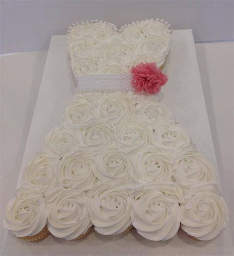 Sweet Bridal Cupcake Dress, an easy grab and eat cake. I
