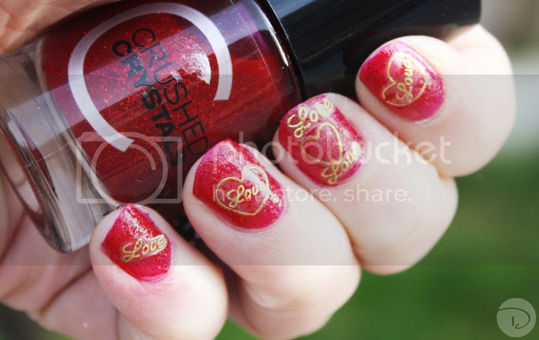 nail art nailart stickers gold red crushed crystals love heart gold valentinesday manicure