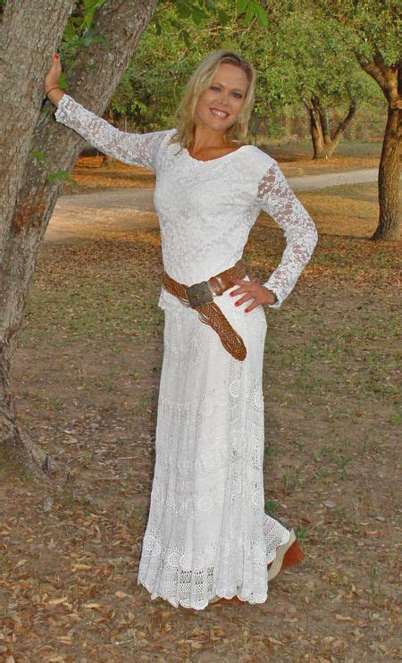 white lace top  skirtchange  sleeves