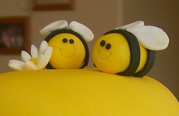 Mini Bumble Bee Cupcake/Cookie Toppers - 1 Dozen