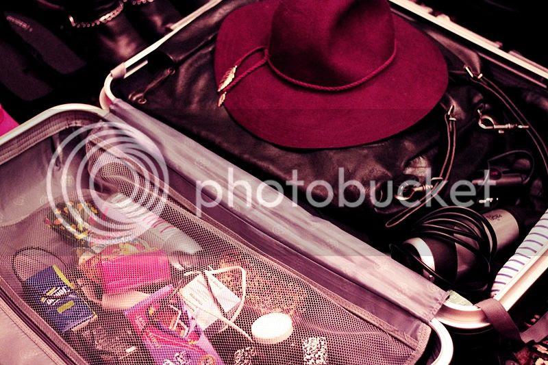 photo LISSABON_TRIP_KURZURLAUB_LISBON_LISBOA_PORTUGAL_GUIDE_BLOG_KOFFER_CASE_zps3c3a5dd4.jpg